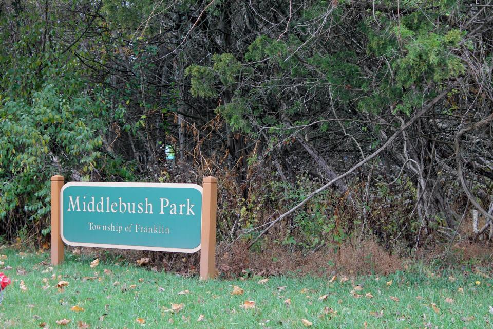 Middlebush Park sign