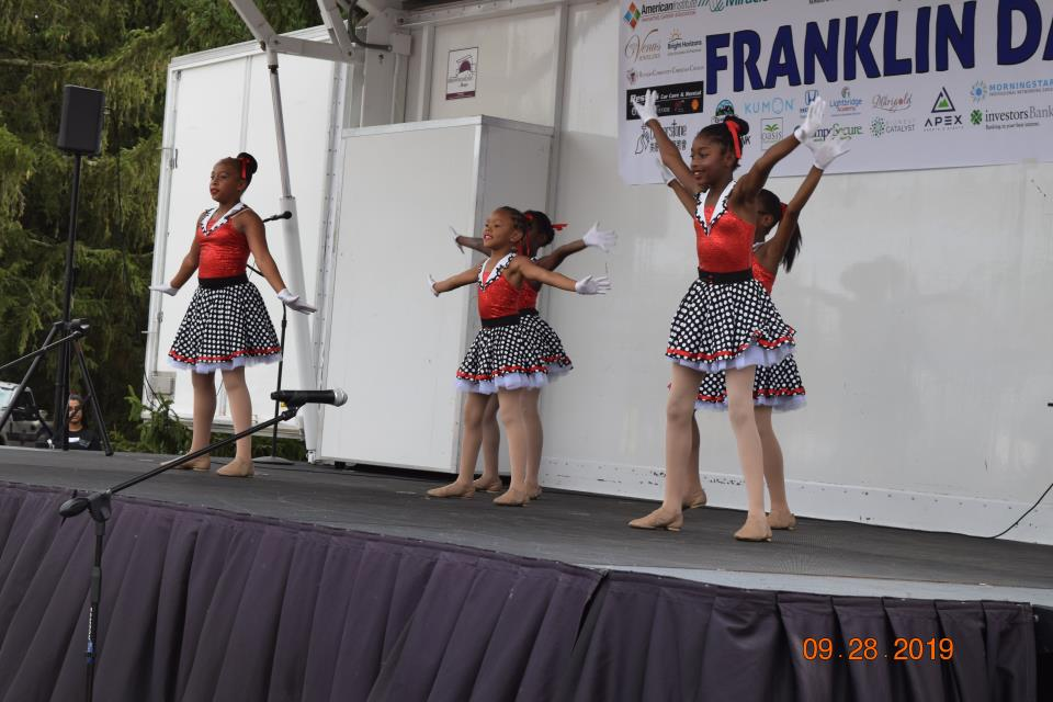 Cultural Stage Performances (26)