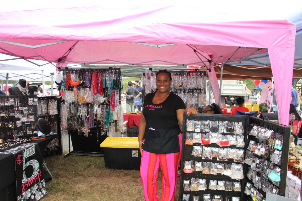 Exhibitor Booths (110)