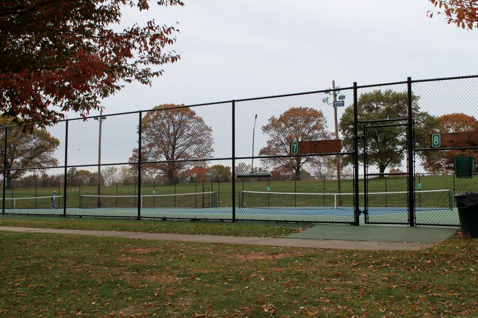 Colonial Park Tennis Courts
