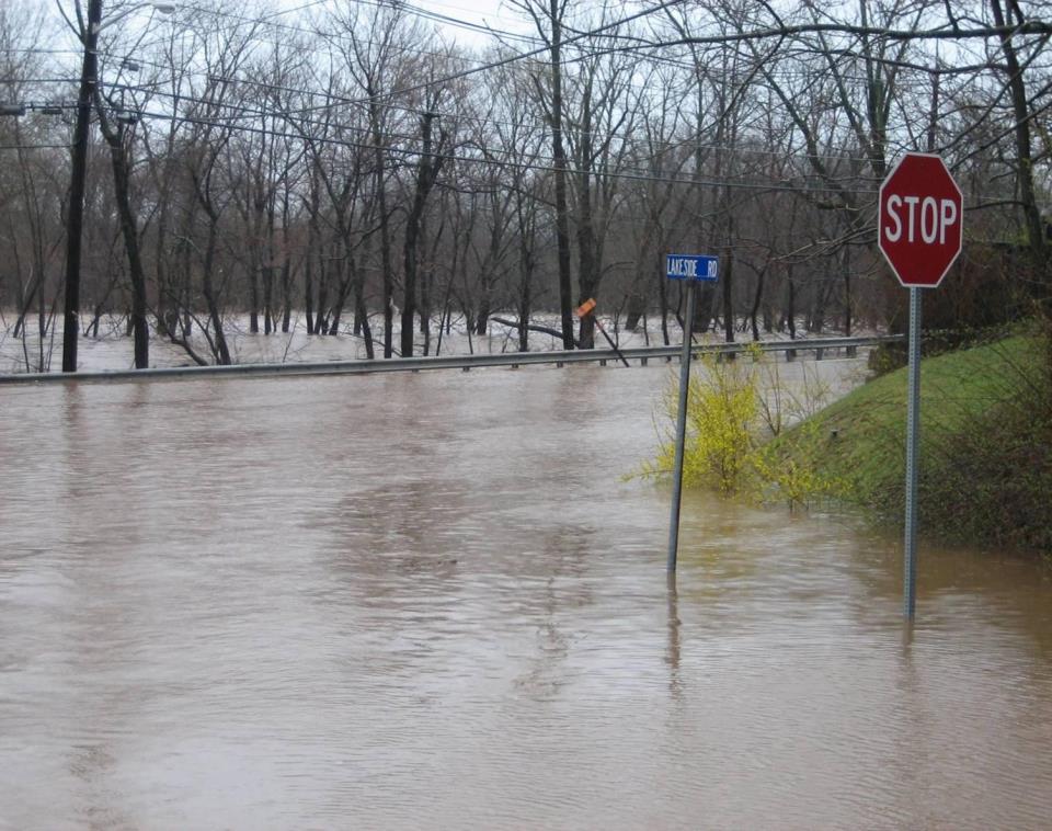 Flooding - Lakeside Drive